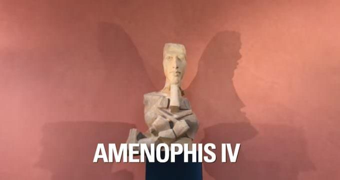 Statua di Amenofi IV (Louvre)