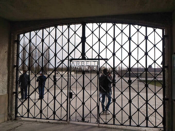 Il cancello d'ingresso del campo di Dachau