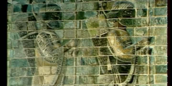 Il fregio degli arcieri al Museo del Louvre