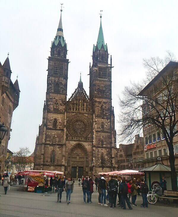 Norimberga: la chiesa gotica evangelica di San Lorenzo