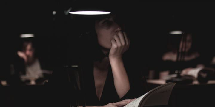"""Un'immagine dello spettacolo """"Book is a Book is a Book"""" (foto di Giulia Lenzi)"""